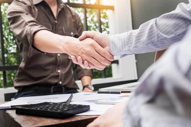 202906-emprestimos-conheca-as-5-principais-vantagens-do-peer-to-peer-lending